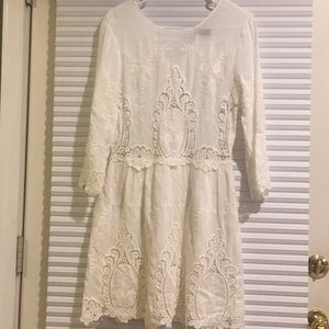 BEAUTIFUL lace Dolce Vita dress